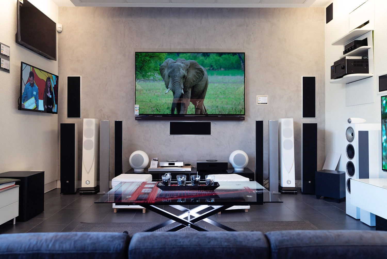 Showroom multimedia Imperial Sound